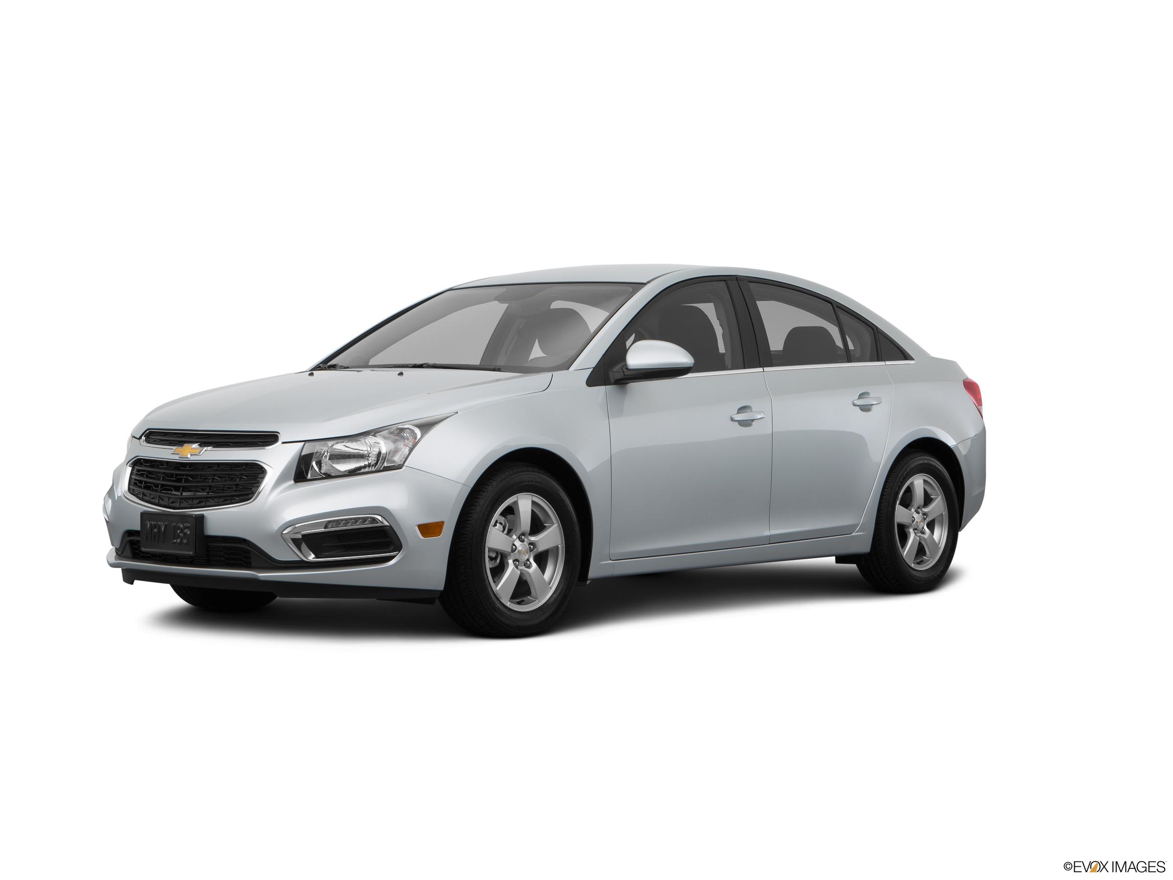 compare 2015 nissan sentra sr 4dr sedan vs 2015 toyota corolla le 2015 toyota corolla invoice price