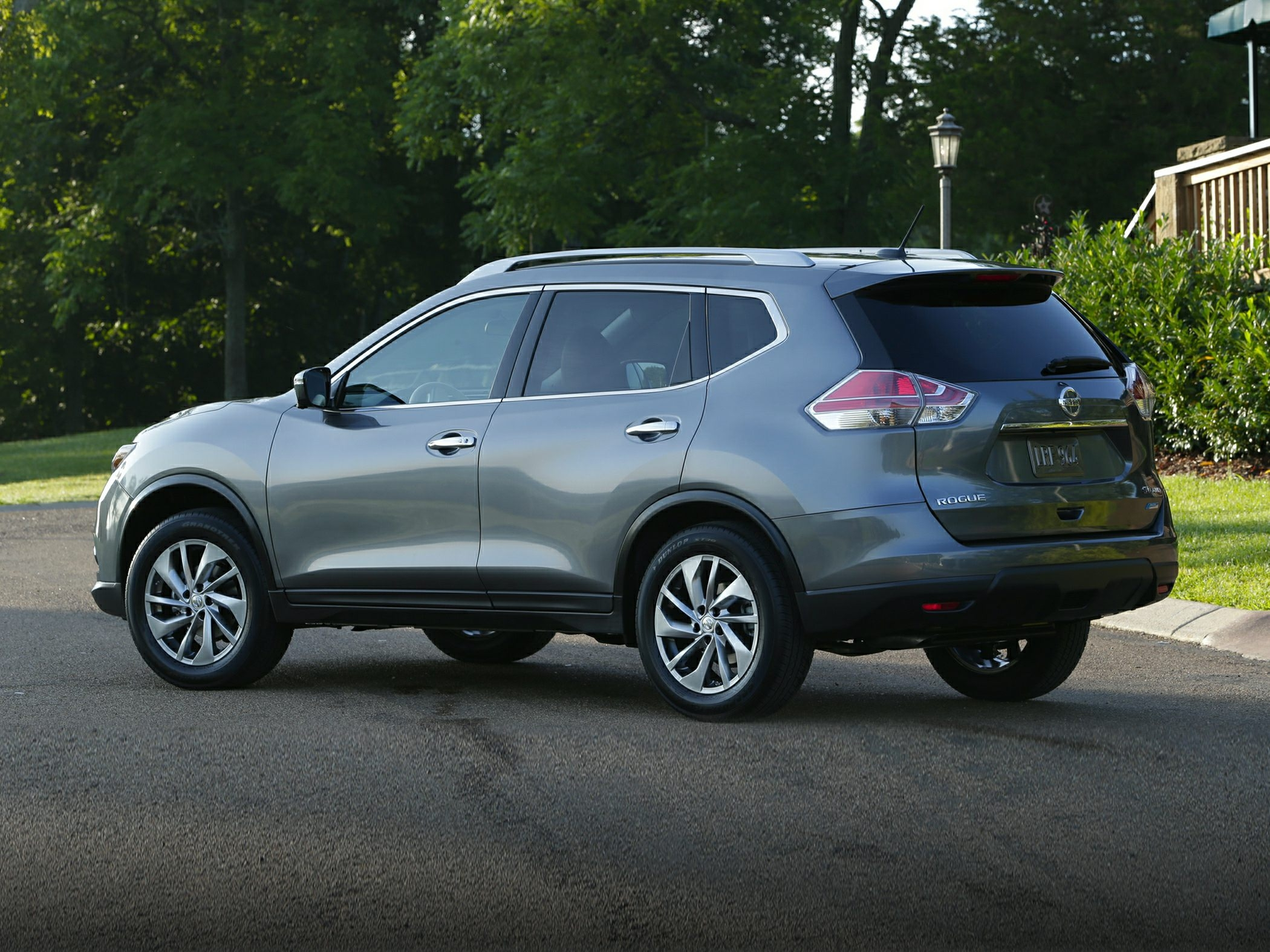 2015 nissan rogue invoice price 2015 nissan rogue price photos reviews amp features 2100 X 1575